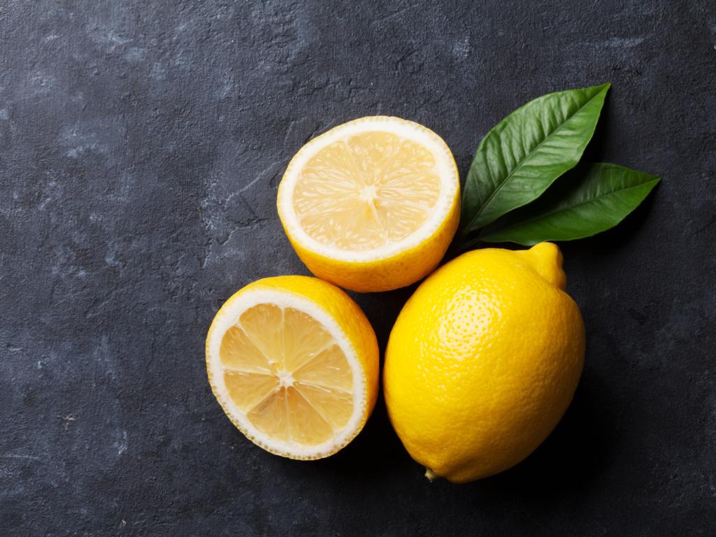 Friskpresset citron juice